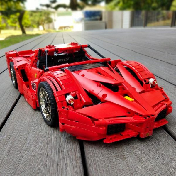 13085 Motor Function Car The 1 8 Red FXX Racing Sport Car Set 2 4Ghz APP 2 - MOULD KING