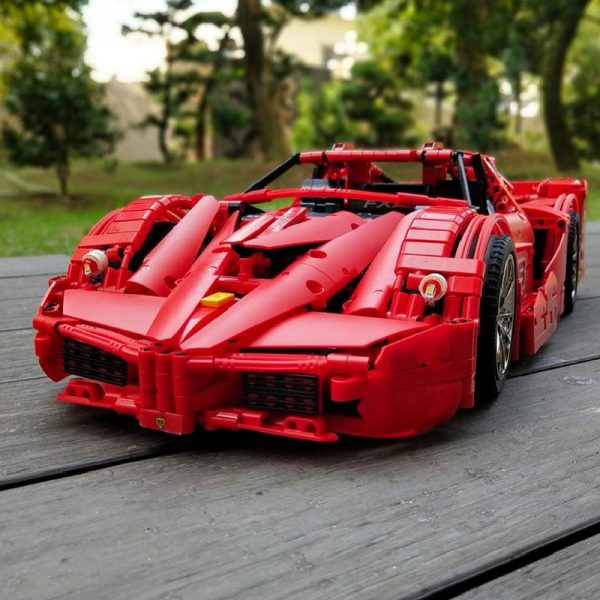 13085 Motor Function Car The 1 8 Red FXX Racing Sport Car Set 2 4Ghz APP 3 - MOULD KING